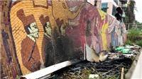 Con đường gốm sứ ven sông Hồng và 'kỷ lục Guinness' buồn