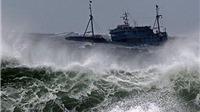 Tin bão mới nhất: Bão Dujuan giảm cấp khi đổ bộ Philippines