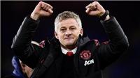 Ole Gunnar Solskjaer: Người Na Uy bé nhỏ gánh trọng trách mang tinh thần MU – Alex Ferguson trở lại