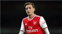 Arsenal vs Crystal Palace: Huyền thoại Arsenal muốn Emery bị sa thải trước khi Oezil ra đi