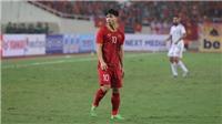 HLV Park Hang Seo tâm sự với Công Phượng trước cuộc đối đầu Thái Lan