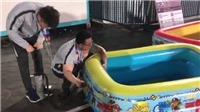 U23 Trung Quốc gây sốc khi sử dụng bể bơi trẻ em để ngâm nước đá