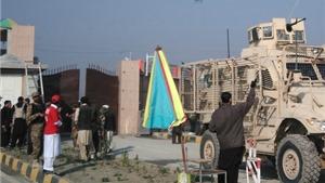 Taliban xả súng vào trường đại học, giết hàng chục sinh viên đang bình thơ