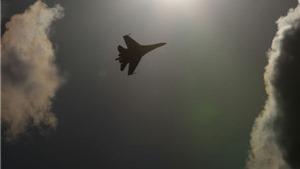 Nga nói gì về chuyện Su-24 'vờn quanh' khu trục Mỹ ở Biển Đen?