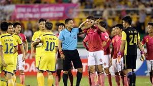 Vòng 9 V-League và quả 11m 'tưởng tượng'