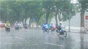 Thời tiết ngày 5/8: Hà Nội mưa lớn, gió giật mạnh