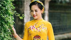 Thu Quỳnh 'Sống chung với mẹ chồng' diện áo dài đôi đẹp dịu dàng