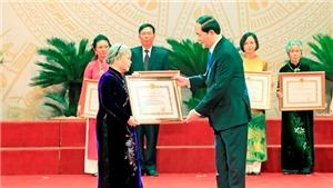 Chủ tịch nước Trần Đại Quang trao tặng Giải thưởng Hồ Chí Minh và Giải thưởng Nhà nước