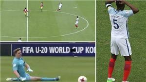 Hậu vệ Chelsea phản lưới nhà từ... giữa sân khiến U20 Anh đánh rơi chiến thắng
