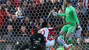 Michael Owen: 'Man United không có hậu vệ đẳng cấp thế giới'