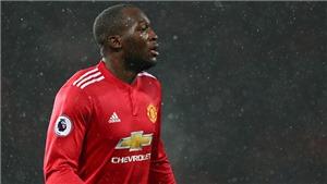 Romelu Lukaku lại kiến tạo... giúp đối thủ ghi bàn