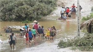 Trung Bộ và Tây Nguyên có mưa rất to, lũ trên các sông đang lên
