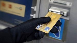 Hàng loạt vụ trộm tiền tài khoản ngân hàng và 'lỗ hổng bảo mật'