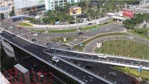 Thông xe cầu vượt 'giải cứu' ùn tắc cửa ngõ sân bay Tân Sơn Nhất