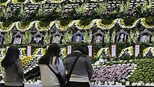 Hàn Quốc tưởng niệm các nạn nhân thiệt mạng trong thảm họa chìm phà