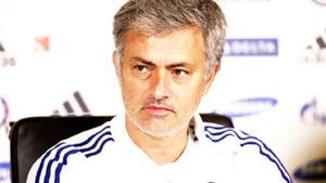 Mourinho sẽ thuyết phục ông chủ Abramovich tái thiết Chelsea