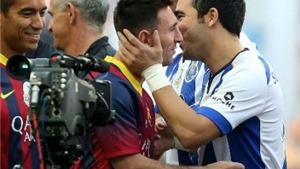 VIDEO: Eto'o-Messi chói sáng, Porto 2004 cầm hòa Barca 2006 trận cầu tri ân