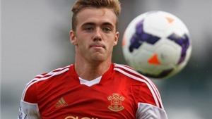Arsenal đạt thỏa thuận mua hậu vệ trẻ Calum Chambers