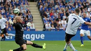 Những cái nhất của vòng 1 Premier League: Young bị chim... 'đi bậy' vào miệng. Mc Geady lập siêu phẩm
