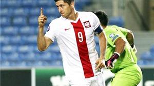 Robert Lewandowski lại ghi 4 bàn trong một trận đấu