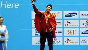 Phá kỷ lục ASIAN GAMES, Thạch Kim Tuấn vẫn chỉ có HCB
