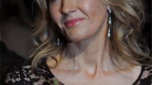 J.K. Rowling tiếp tục 'làm phép' trong 3 phim phù thủy mới