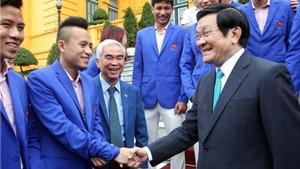 Chủ tịch nước Trương Tấn Sang gặp mặt các VĐV Đoàn TTVN tham dự SEA Games 28