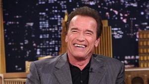 'Kẻ hủy diệt' Arnold Schwarzenegger tuyệt giao với fan phản đối hôn nhân đồng giới