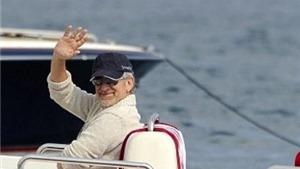 Steven Spielberg rao bán du thuyền 120 triệu USD vì 'quá nhỏ'