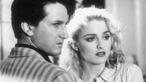 Lật lại cuộc hôn nhân bạo lực giữa Sean Penn và Madonna