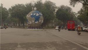 Làm sao chấm dứt trang trí phố Hà Nội theo kiểu 'phong trào'?