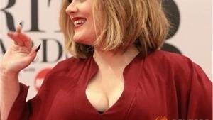 Kiếm bộn tiền từ '25', Adele trở thành nghệ sĩ trẻ giàu nhất tại Anh và Ireland