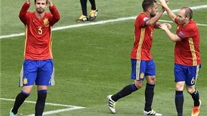 Tây Ban Nha 1-0 CH Czech: Pique và Iniesta tỏa sáng, Tây Ban Nha thắng nhọc nhằn