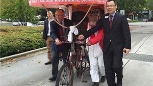 SỐC: Lão nông 60 tuổi người Trung Quốc vượt qua 26 quốc gia bằng xe 3 bánh để xem Olympic
