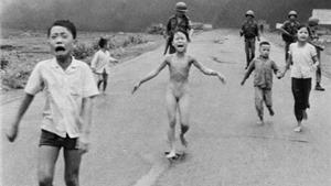 Ông chủ facebook bị chỉ trích vì xóa bức ảnh chiến tranh Việt Nam
