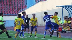 Cầu thủ Than Quảng Ninh, Đồng Tháp xô xát trên sân