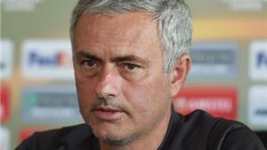 Mourinho hết mánh khóe, chỉ biết chỉ trích cầu thủ và trọng tài