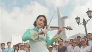 Mỹ nữ Hàn mặc áo dài, xuyên Việt, chơi violin 'gây sốt'