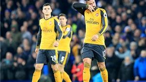 Everton 2-1 Arsenal: Pháo thủ thua đau, lỡ cơ hội bám đuổi Chelsea