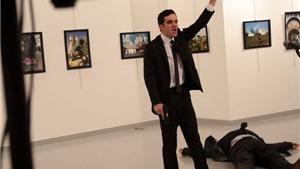 Bắt giữ cha, mẹ và em gái kẻ bắn Đại sứ Nga Thổ Nhĩ Kỳ