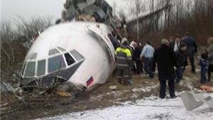 Nhiều quan chức Bộ Quốc phòng và văn phòng tổng thống Nga trên máy bay Tu-154 gặp nạn