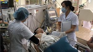 Thông tin sốc từ Bệnh viện Bạch Mai về ngộ độc rượu