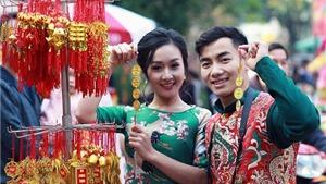 'Hot boy' TDDC Phạm Phước Hưng cùng bạn gái 'khuấy đảo' phố cổ Hà Nội