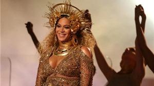 Bà bầu Beyonce hủy lịch diễn vì sợ động thai