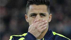 Walcott thừa nhận có xung đột giữa Sanchez và thành viên của Arsenal