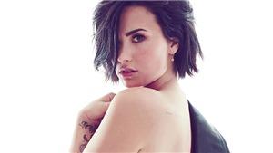 Demi Lovato 'tỉnh rụi' khi ảnh nóng bị rò rỉ