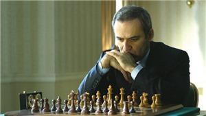 Kỳ thủ vĩ đại nhất mọi thời đại muốn dạy cờ vua cho 1 triệu trẻ em châu Phi