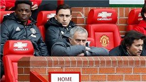 Mourinho đang đưa Man United tới kỷ lục tồi tệ nhất ở Old Trafford
