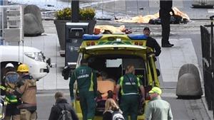 TOÀN CẢNH vụ tấn công kinh hoàng bằng xe tải ở Thụy Điển