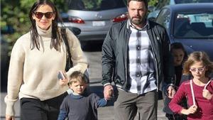 Bất chấp tin đồn hàn gắn, mang bầu, Ben Affeck - Jennifer Garner CHÍNH THỨC ra tòa xin ly hôn